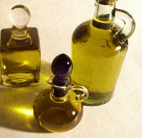 Organic oils: A must for your dry skin
